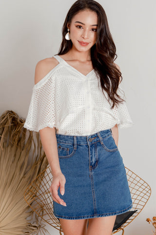 Vale Crochet Cold Shoulder Top (White)