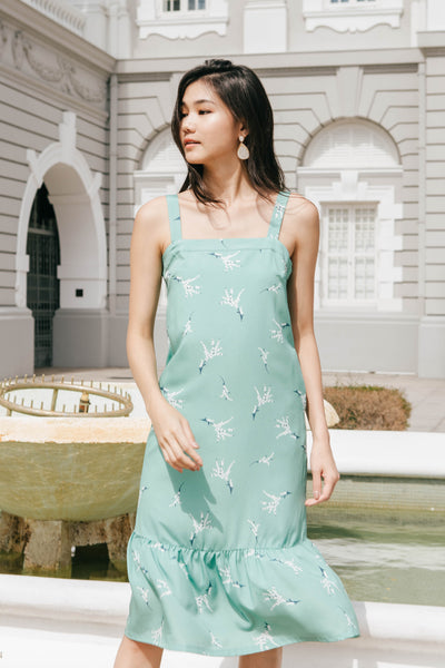 Willow Fluted Midi Dress (Tiffany)