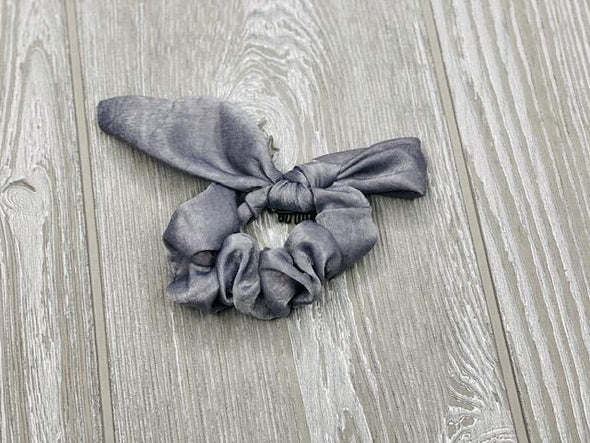 HARTWEAR SCRUNCHIE BOW- SOLIDS