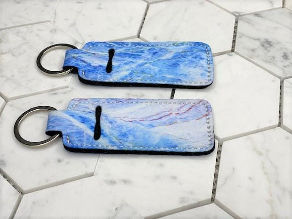 HARTWEAR LIP CLIP KEYCHAIN: MARBLED COLLECTION