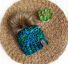 Load image into Gallery viewer, Luxed Aurora Beanie - Newborn - Solis