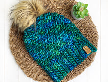 Load image into Gallery viewer, Luxed Aurora Beanie - Adult - Solis