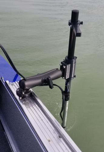 Summit Pole Boat Mount