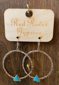 MINI STERLING SILVER HAMMERED HOOPS WITH TRIANGLE