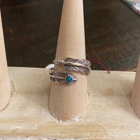 STERLING SILVER WRAP RING W/ TURQUOISE STONE