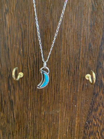 STERLING SILVER CRESENT MOON NECKLACE