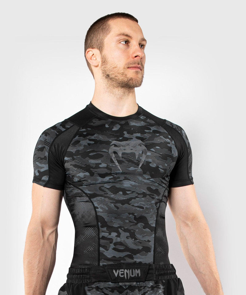 Venum Defender Short Sleeve Rashguard - Dark camo picture 1