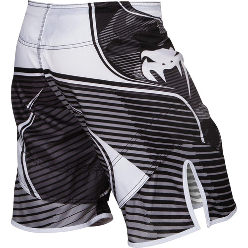 Venum Camo Hero Fightshorts – White/Black picture 4