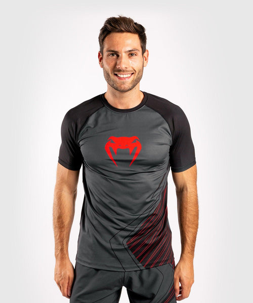 Venum Contender 5.0 Dry-Tech T-shirt – Black/Red picture 1