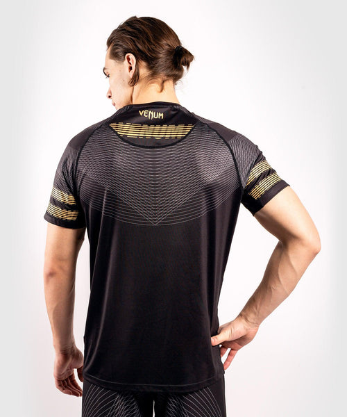 Venum Club 182 Dry Tech T-shirt – Black/Gold picture 2