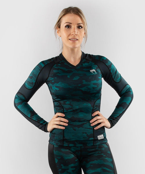Venum Defender long sleeve Rashguard - for women - Black/Green picture 1