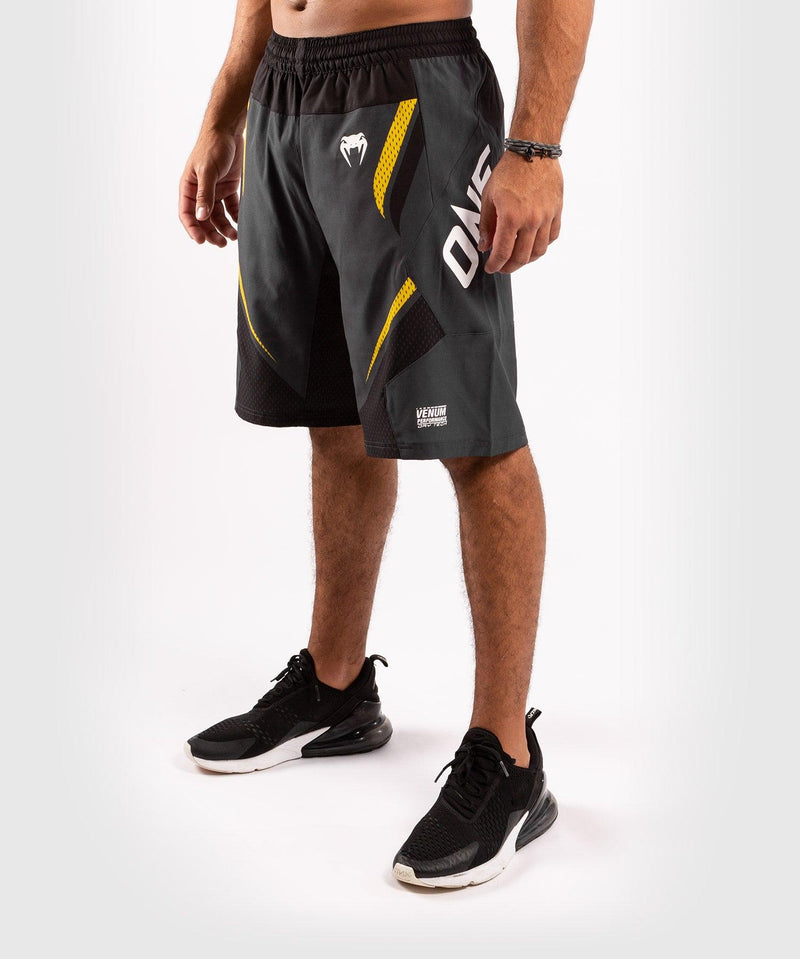 Venum ONE FC Impact Training shorts - Grey/Yellow - picture 3