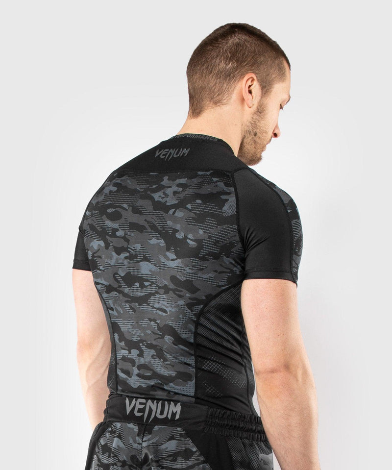 Venum Defender Short Sleeve Rashguard - Dark camo picture 4