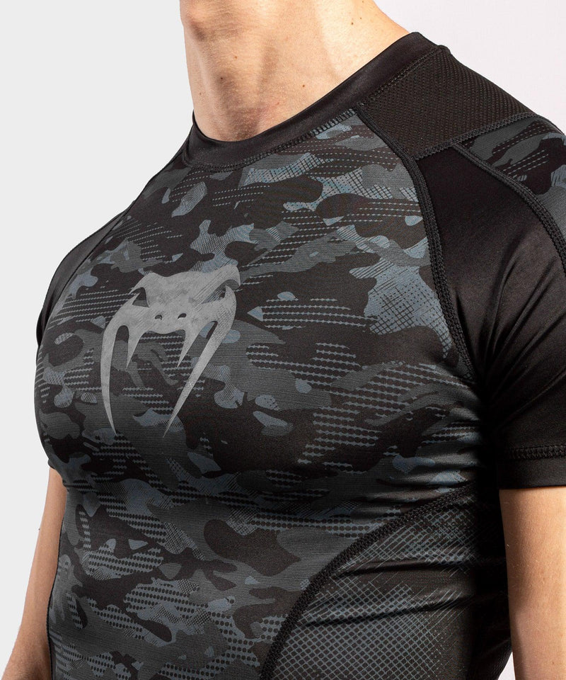 Venum Defender Short Sleeve Rashguard - Dark camo picture 5