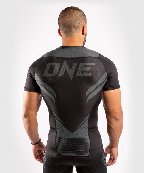 Venum ONE FC Impact Rashguard - short sleeves - Black/Black - picture 2