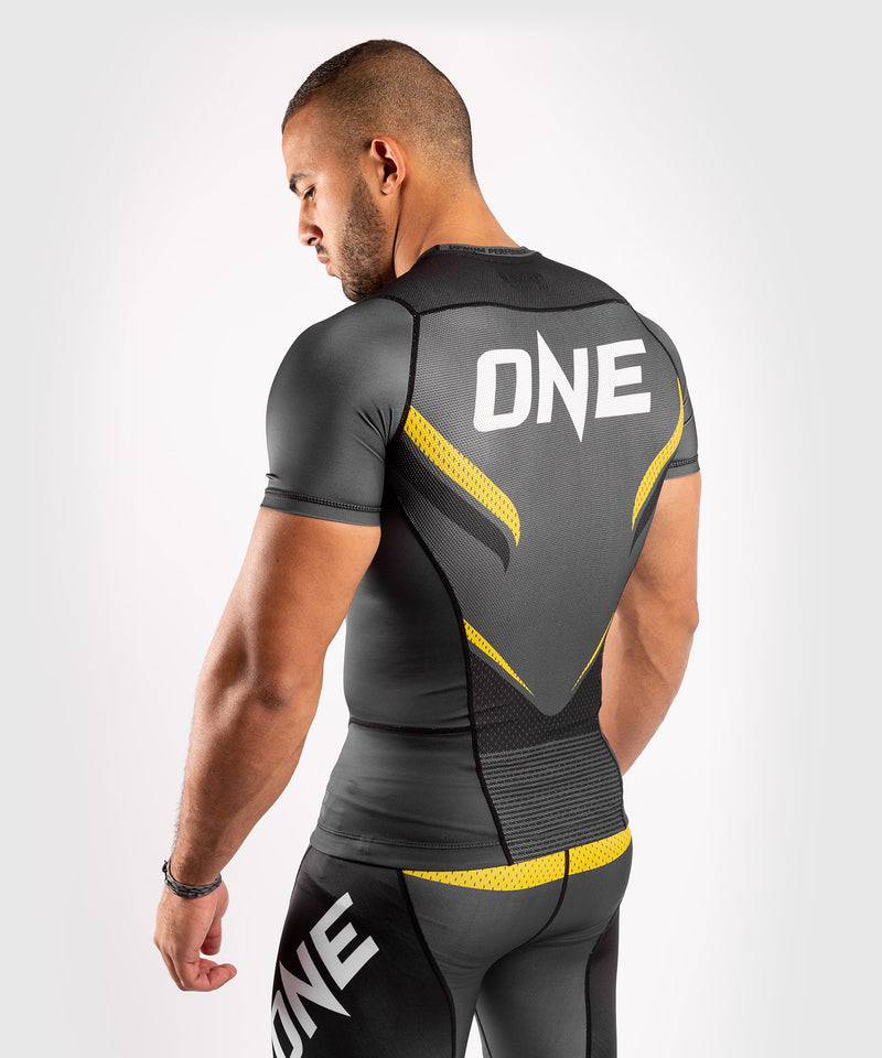 Venum ONE FC Impact Rashguard - short sleeves - Grey/Yellow - picture 4