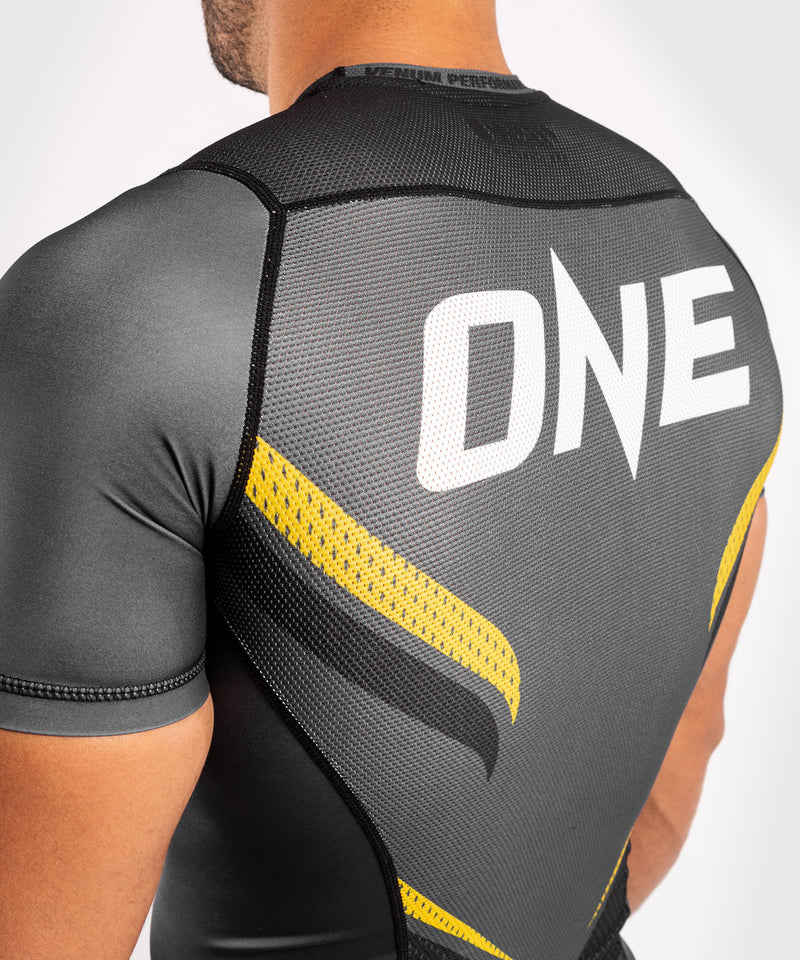 Venum ONE FC Impact Rashguard - short sleeves - Grey/Yellow - picture 7