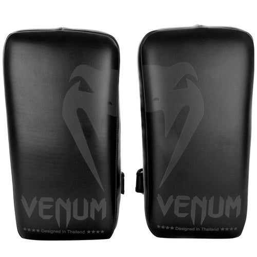 Venum Giant Kick Pads - Black/Black (Pair) picture 1