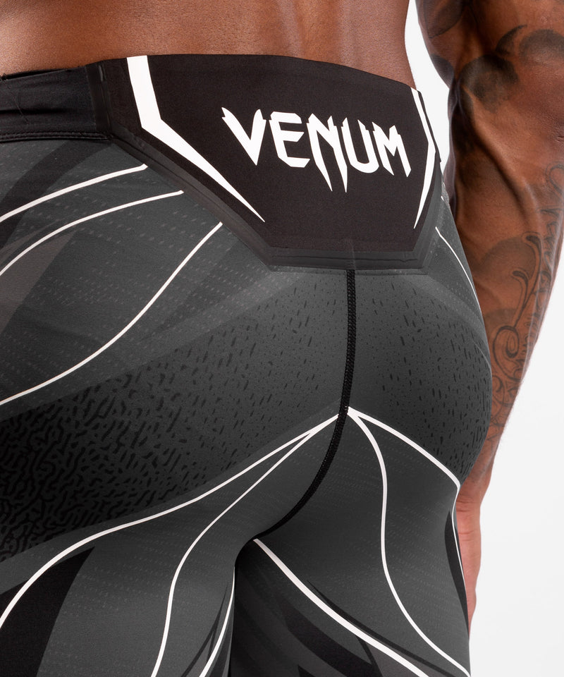 UFC Venum Authentic Fight Night Men's Vale Tudo Shorts - Long Fit – Black Picture 6