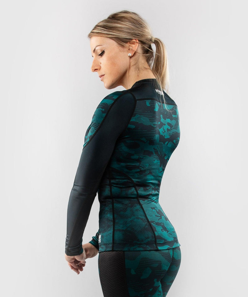 Venum Defender long sleeve Rashguard - for women - Black/Green picture 4