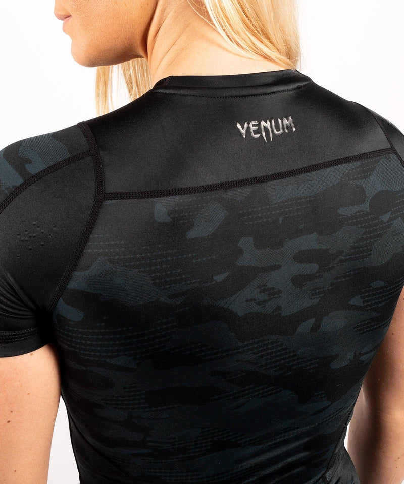Venum Defender Rashguard - Short Sleeves - Black/Black picture 8