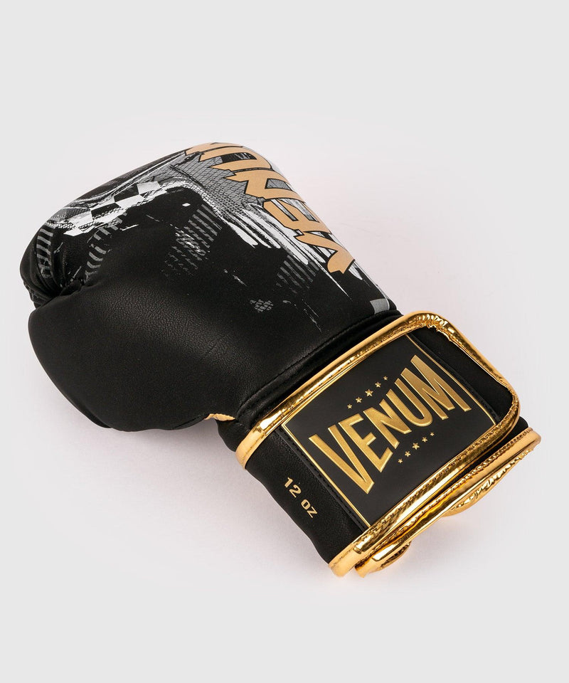 Venum Skull Boxing gloves - Black picture 3