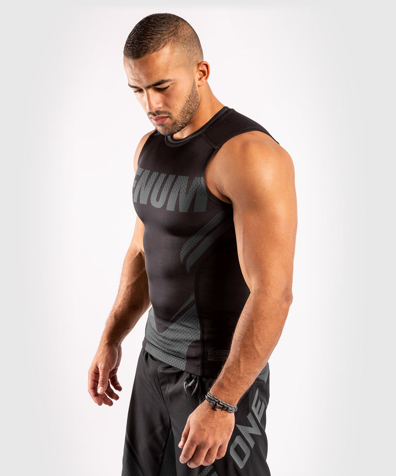 Venum ONE FC Impact Rashguard - sleeveless - Black/Black - picture 3