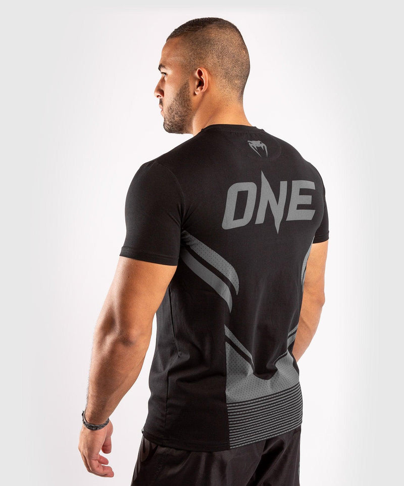 Venum ONE FC Impact T-shirt - Black/Black - picture 4