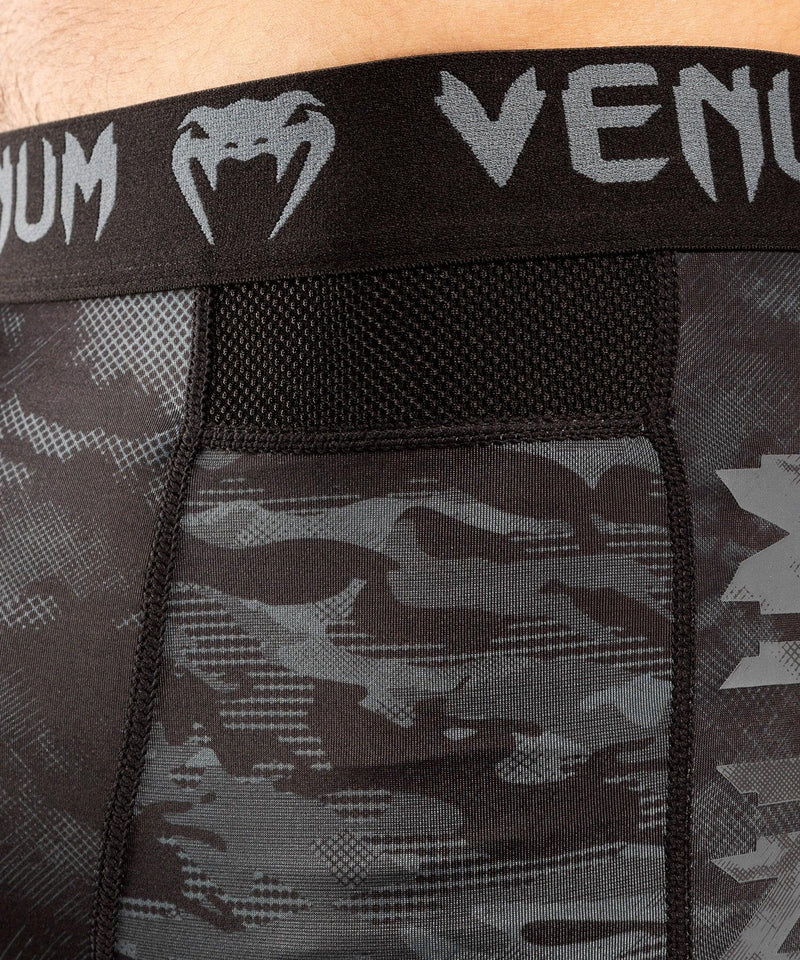 Venum Defender Compression Short - Dark camo picture 5