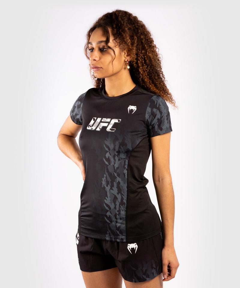 UFC Venum Authentic Fight Week Women's Performance Short Sleeve T-shirt – Black Picture 2