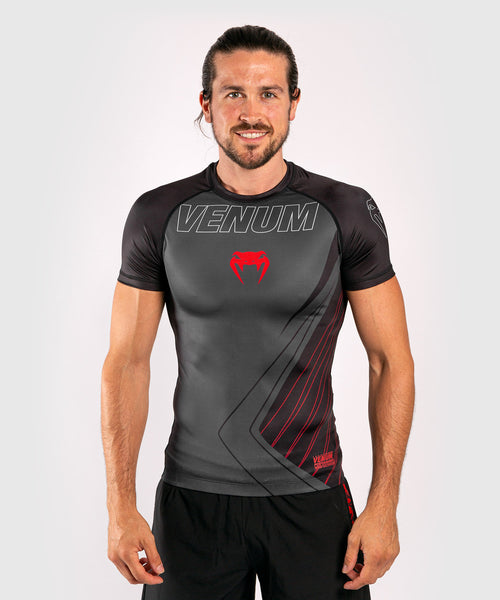 Venum Contender 5.0 Rashguard - Short sleeves - Black/Red picture 1