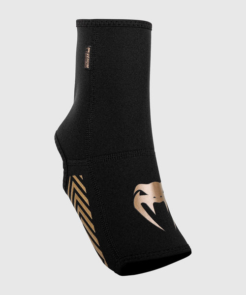 Venum Kontact Evo Foot Grips - Black/Gold picture 2