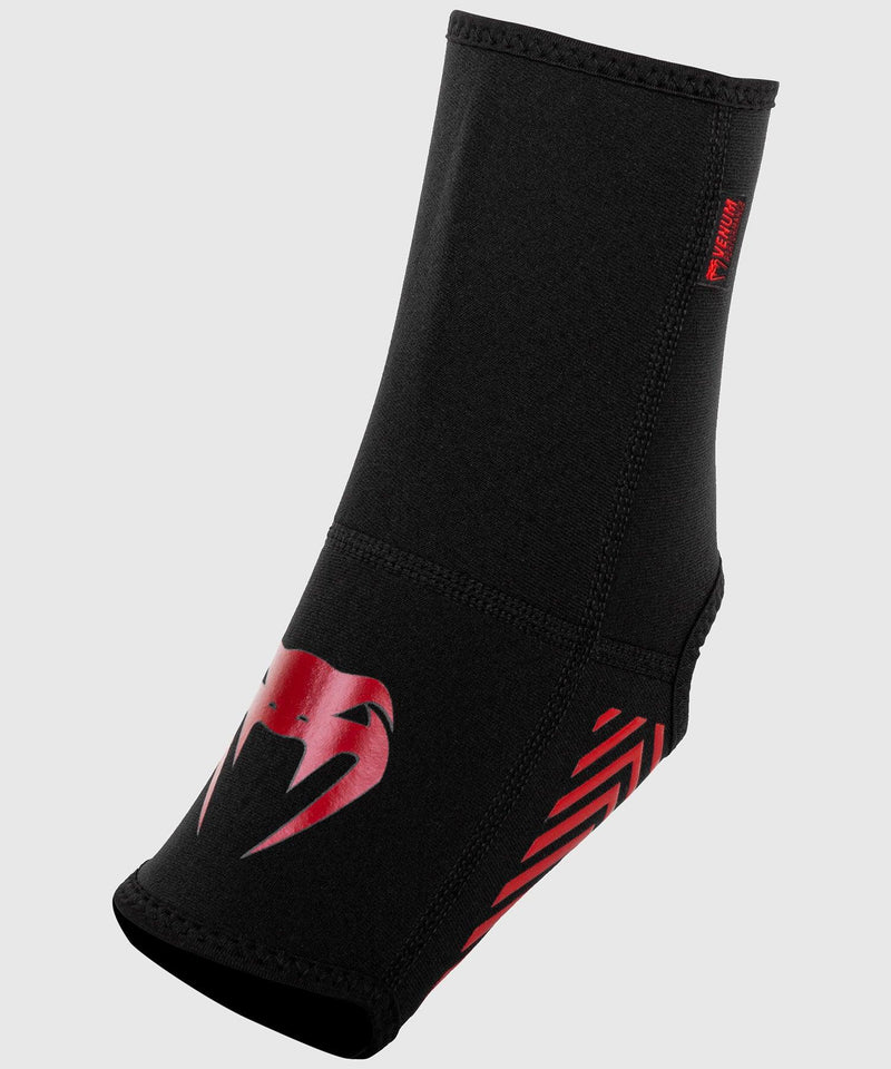 Venum Kontact Evo Foot Grips - Black/Red picture 1