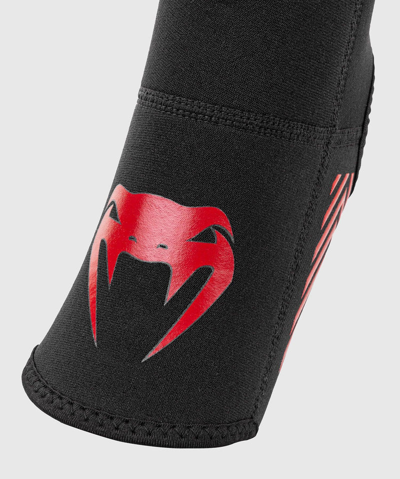 Venum Kontact Evo Foot Grips - Black/Red picture 4