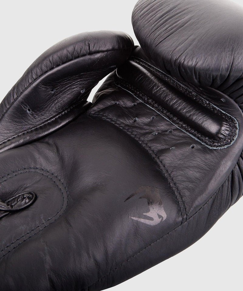 Venum Giant 3.0 Boxing Gloves - Nappa Leather - Black/Black picture 2