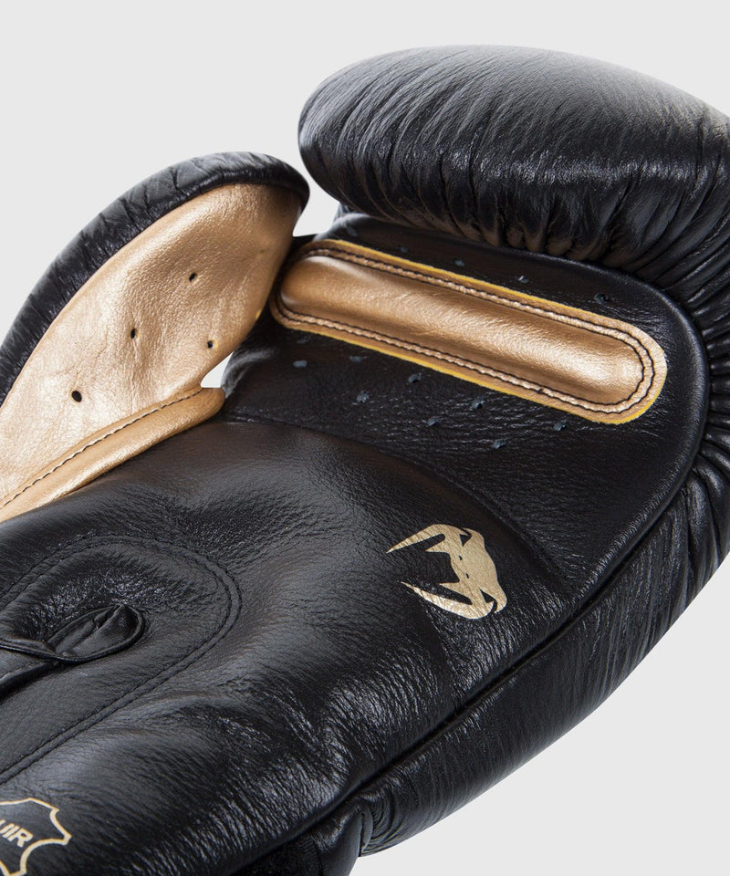 Venum Giant 3.0 Boxing Gloves - Nappa Leather - Black/Gold picture 3