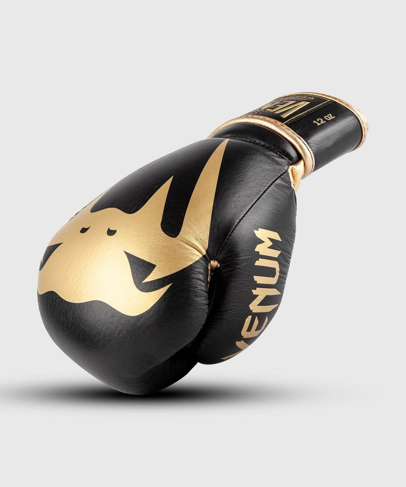 Venum Giant 2.0 Pro Boxing Gloves Velcro - Black/Gold picture 1