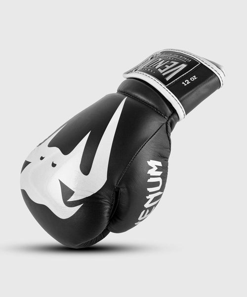 Venum Giant 2.0 Pro Boxing Gloves Velcro - Black/White picture 1