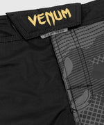 Venum Light 3.0 Fightshorts - Gold/Black picture 5