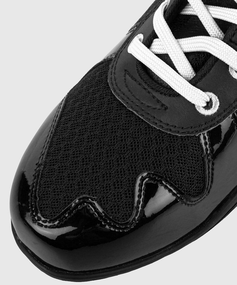 Venum Giant Low Boxing Shoes - Black/White picture 11