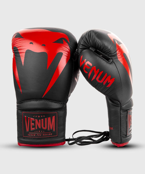 Venum Giant 2.0 Pro Boxing Gloves - With Laces - Black/Red picture 2