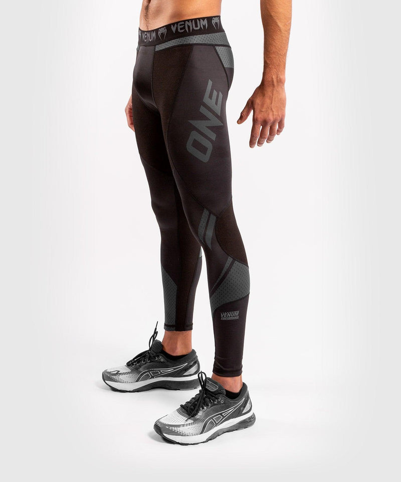 Venum ONE FC Impact Compresssion Tights - Black/Black - picture 3