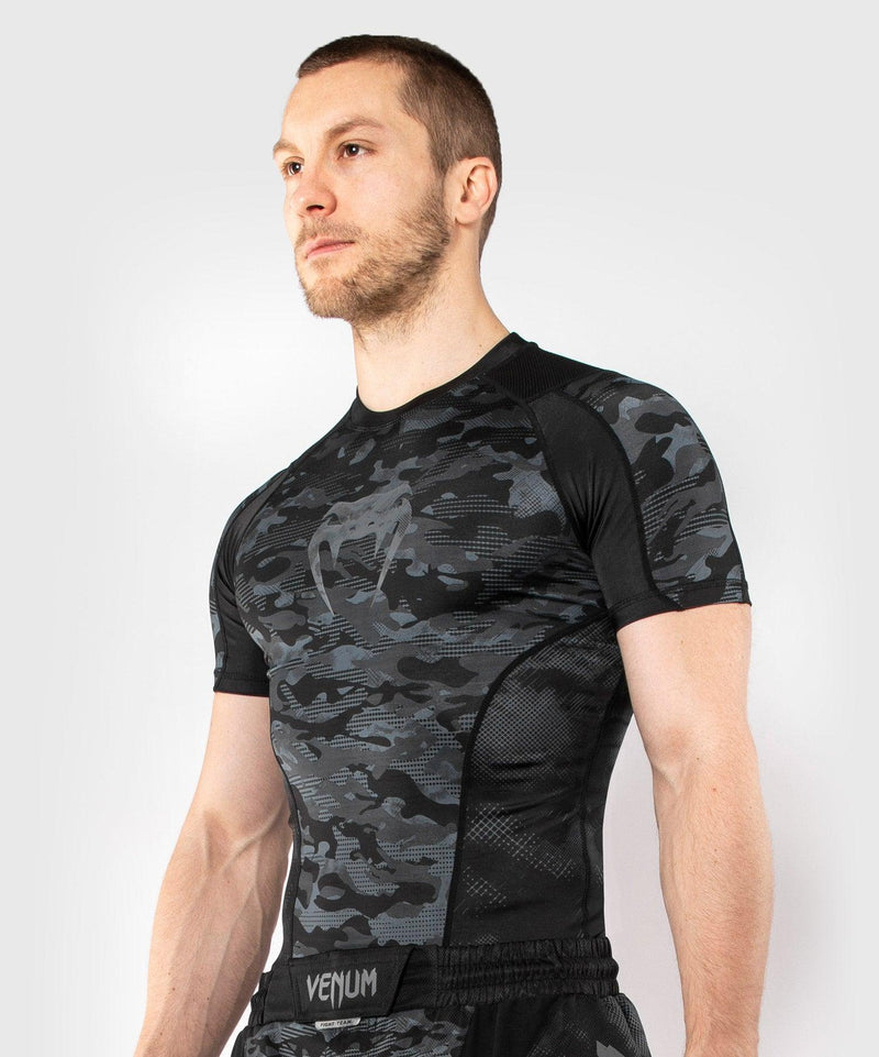 Venum Defender Short Sleeve Rashguard - Dark camo picture 3