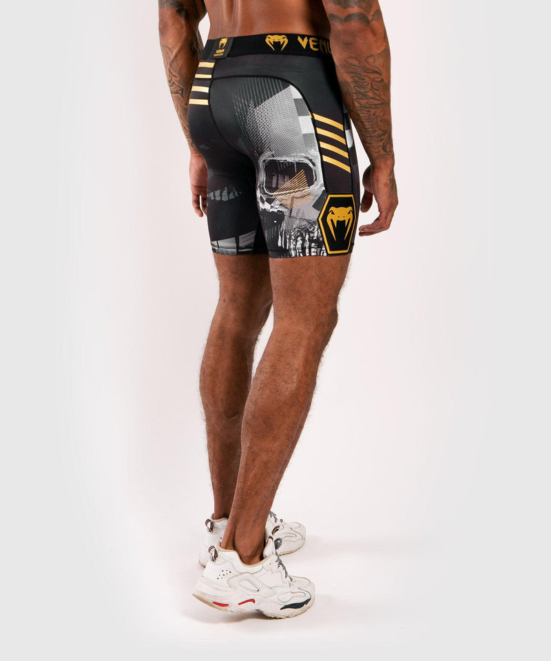 Venum Skull compression shorts - Black picture 4