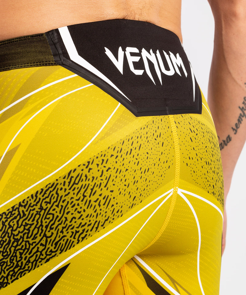 UFC Venum Authentic Fight Night Men's Vale Tudo Shorts - Short Fit – Yellow Picture 6