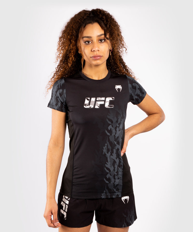 UFC Venum Authentic Fight Week Women's Performance Short Sleeve T-shirt – Black Picture 1