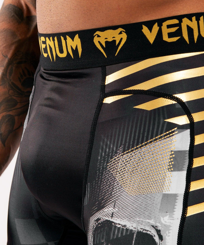 Venum Skull compression shorts - Black picture 5