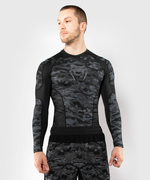 Venum Defender Rashguard - Long Sleeves - Dark camo picture 1