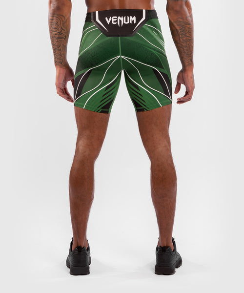 UFC Venum Authentic Fight Night Men's Vale Tudo Shorts - Long Fit – Green Picture 2