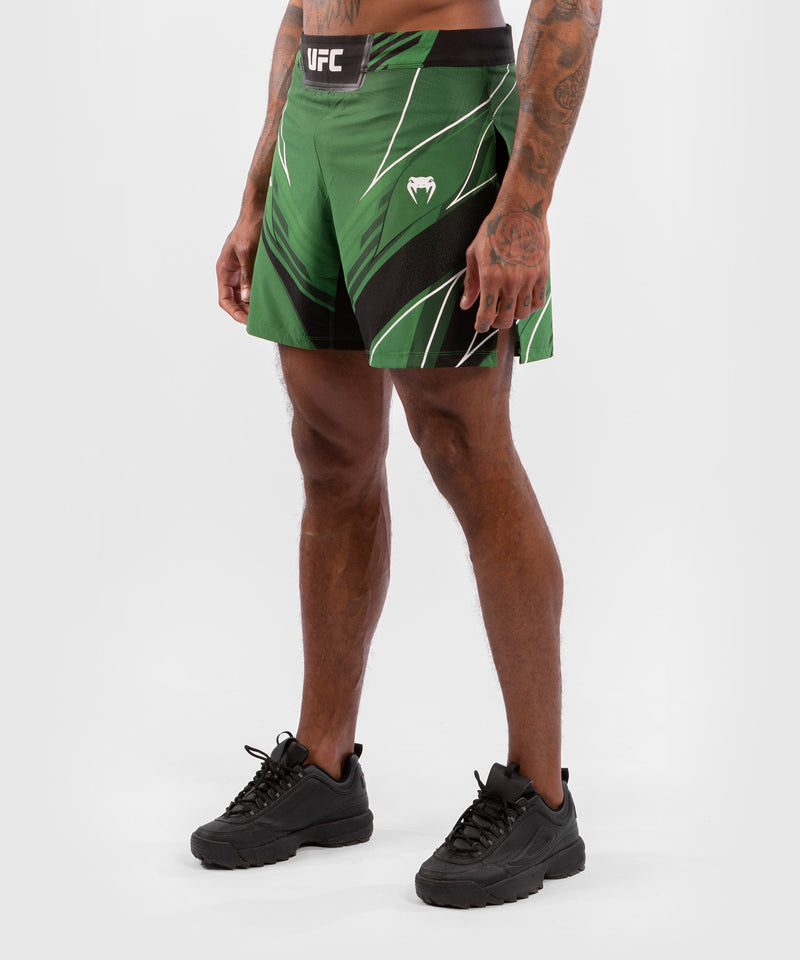 UFC Venum Authentic Fight Night Men's Gladiator Shorts – Green Picture 3